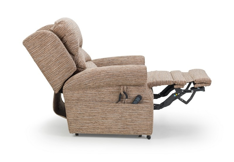 Which is best, a single or dual motor riser recliner chair?